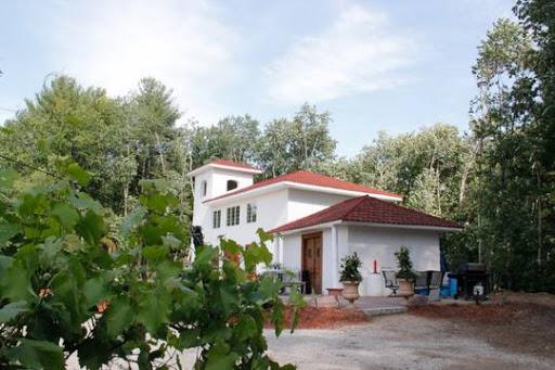 Fulchino Vineyard Central NH