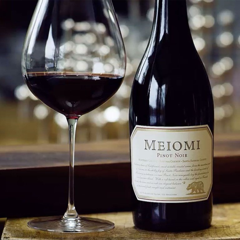 Meiomi Pinot Noir wine